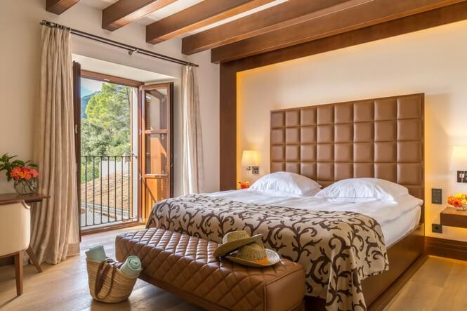 Deluxe Doubles, Castell Son Claret Luxury Hotel Mallorca (5)