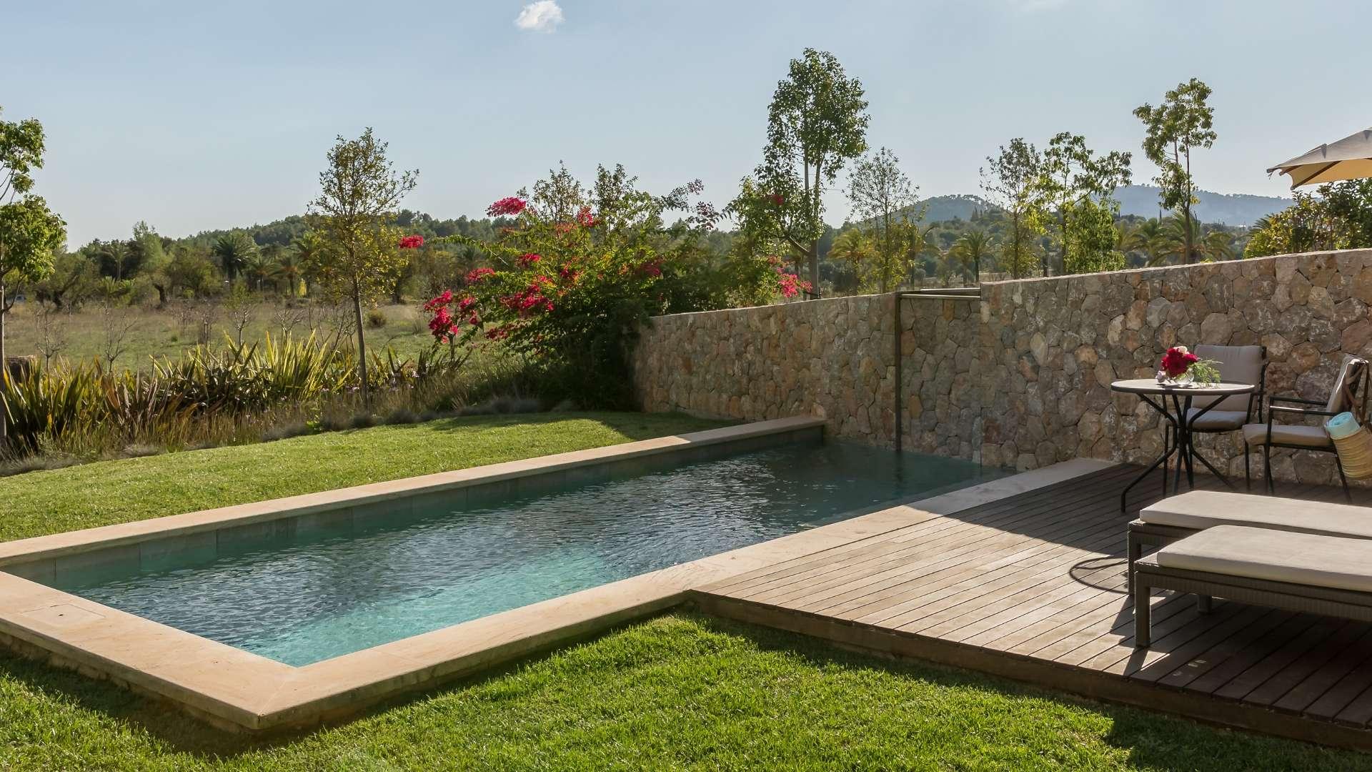 Castell Son Claret Pool Suites Mallorca (1)