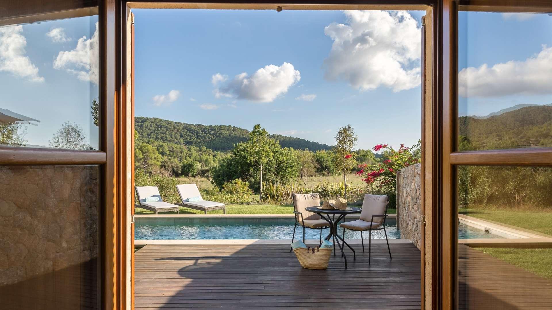 Castell Son Claret Pool Suites Mallorca (3)